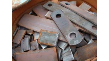 广东大量废铁回收报价